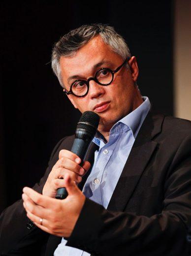 Prof. Henri Isaac Academic advisor - Digital